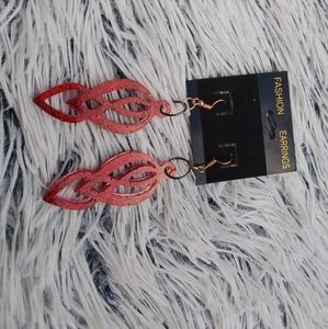 😱3 for $15 Cute red sparkle dangle earrings
